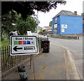SO0451 : Sioe/Show direction sign, The Strand, Builth Wells by Jaggery