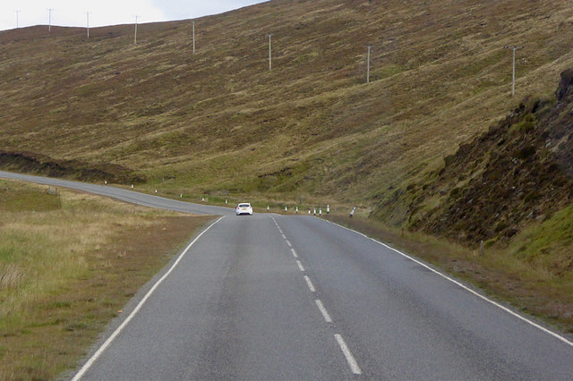 A970 at the foot of Hoo Kame