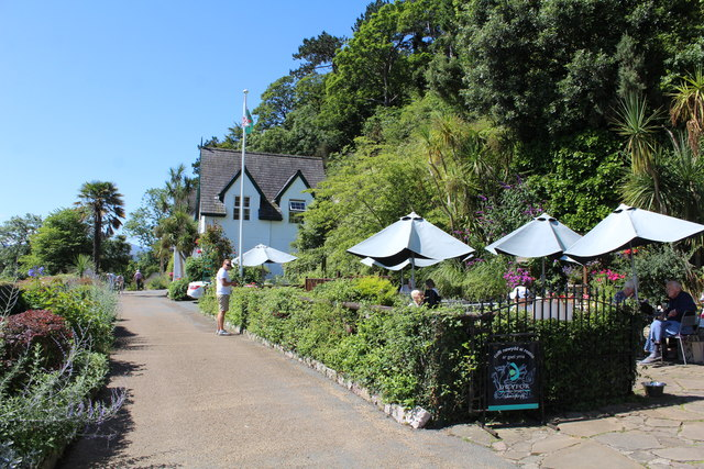 The patio at Haulfre Tea Rooms