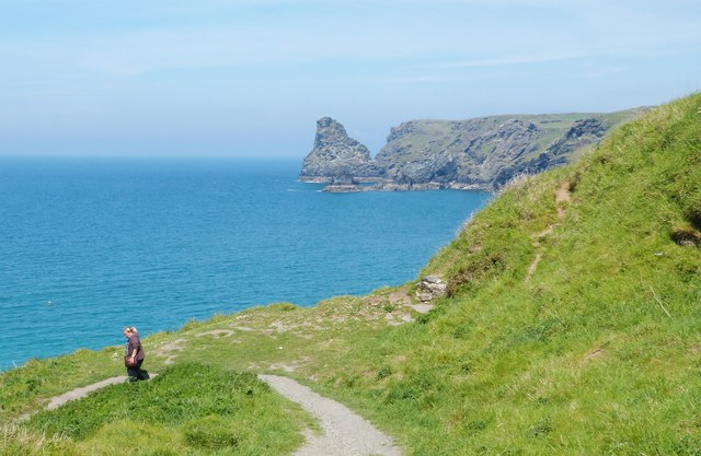 Footpath down to Bossiney Haven, near Tintagel, Cornwall