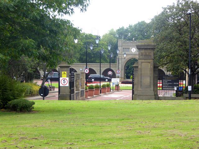 Gateway to West Road Cemetery and Crematorium