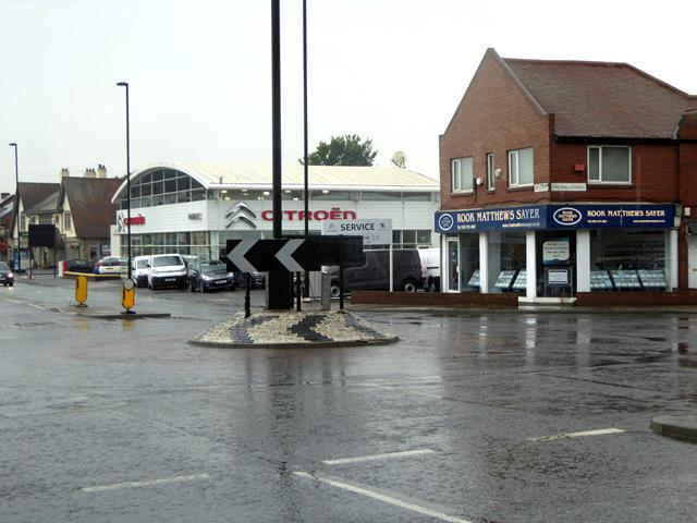 Roundabout on West Road (A186)