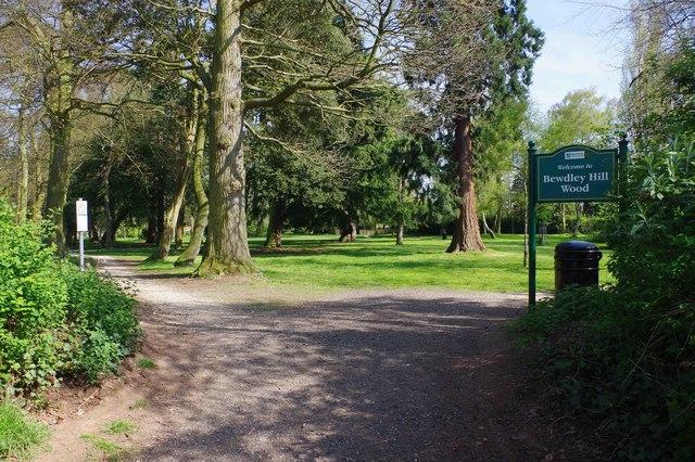 The main entrance to Bewdley Hill Wood, Bewdley Hill, Kidderminster, Worcs