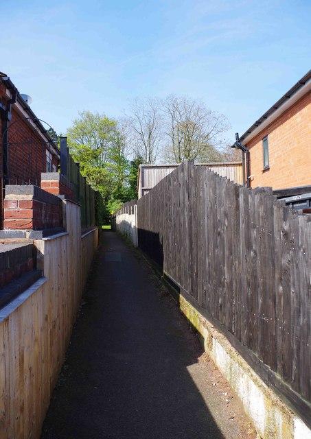 Alley to Bewdley Hill Wood, Kidderminster, Worcs