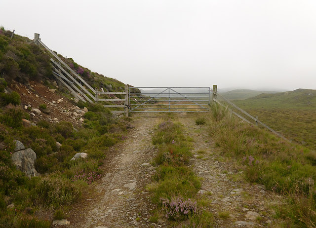 Gate on the moorland track, above Lochan an Tairt