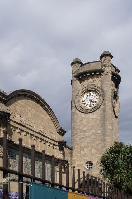 Forest Hill : clock tower, Horniman Museum