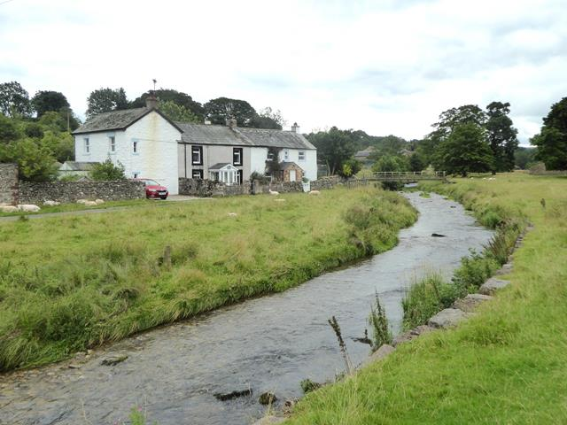 Maulds Meaburn and the River Lyvennet