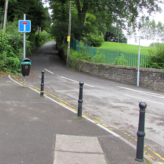 Gwerthonor Road, Pengam by Jaggery