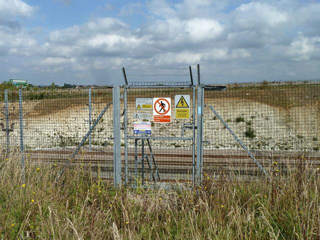 Railway access gate at Southfleet Junction