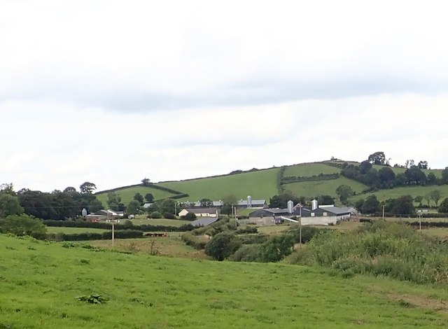 Tullyvallen Orange Hall and surrounding farm buildings