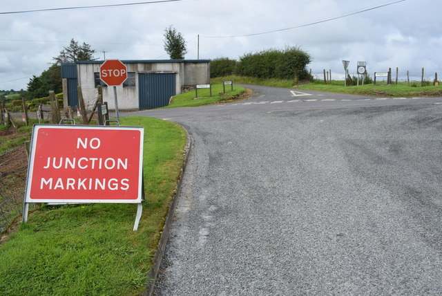 No junction markings notice, Bracky
