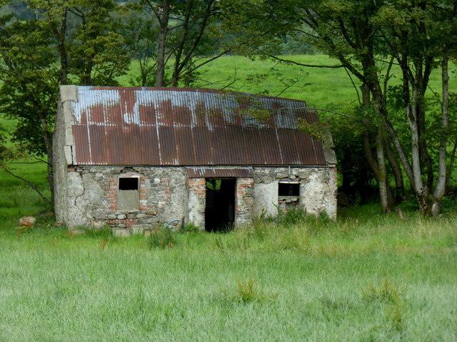 Derelict cottage, Bracky