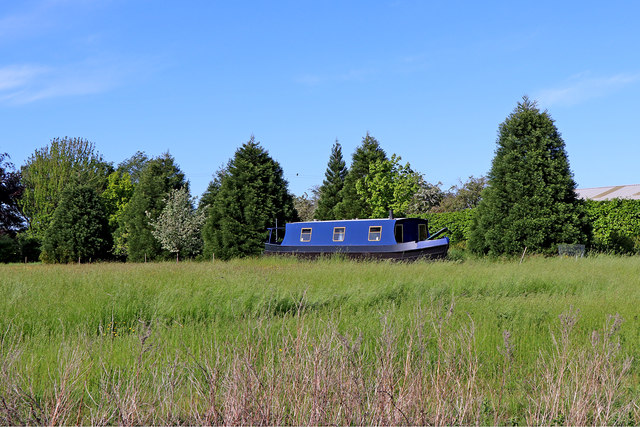 Farmland and narrowboat near Bishton in Staffordshire
