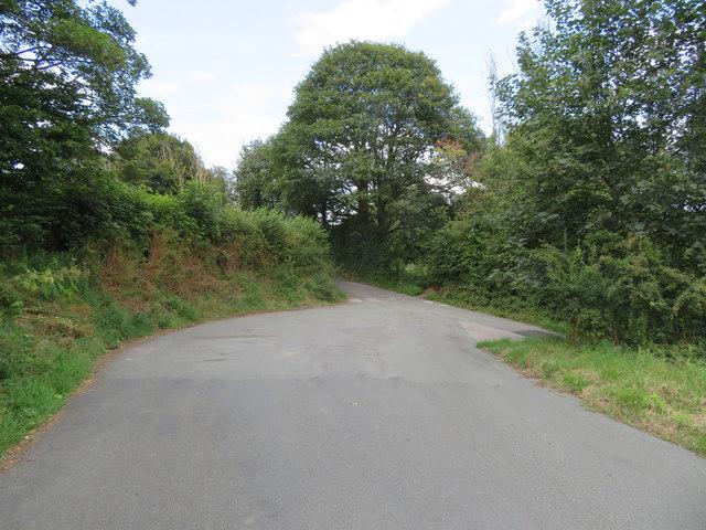 Wide junction in Tir-y-Fron Lane