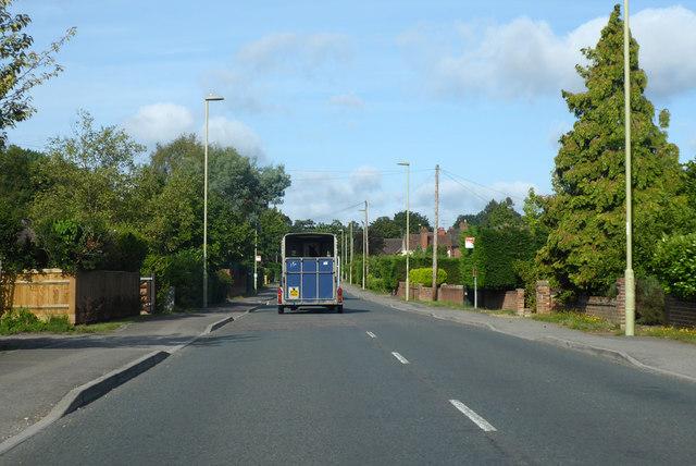 A323 Aldershot Road, Fleet