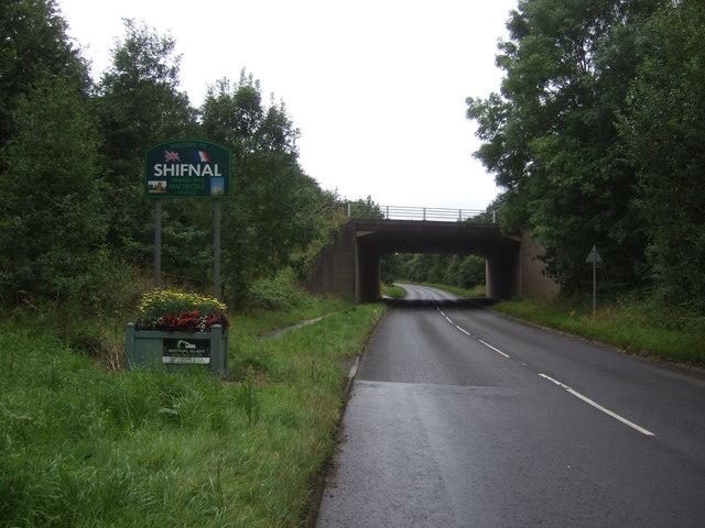 Entering Shifnal