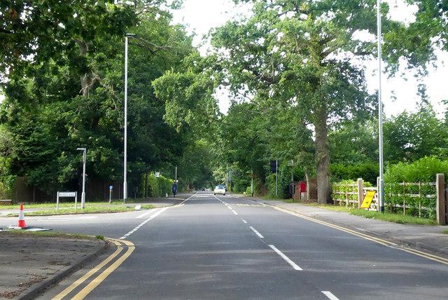 B3016 Finchampstead Road