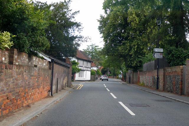 A321, High Street, Wargrave