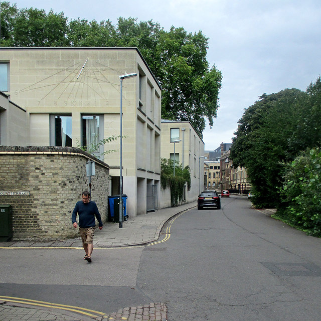 Tennis Court Road and Pembroke College Foundress Court