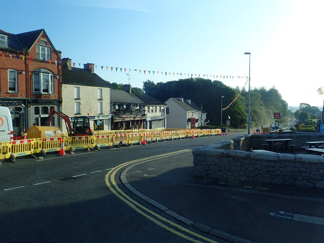 Laying gas pipes on Dublin Road, Castlewellan