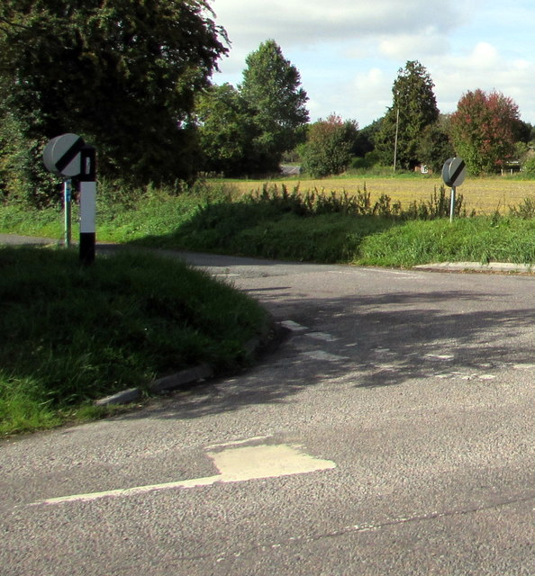 Junction of Green Drove and Everleigh Road south of Pewsey