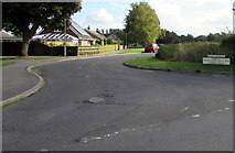 SU1659 : Junction of Green Drove and Swan Meadow south of Pewsey by Jaggery