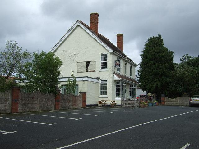 Sunny Bank Park Club near Wheaton Aston