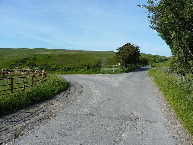 Junction of roads at Llidiart-cae-hir