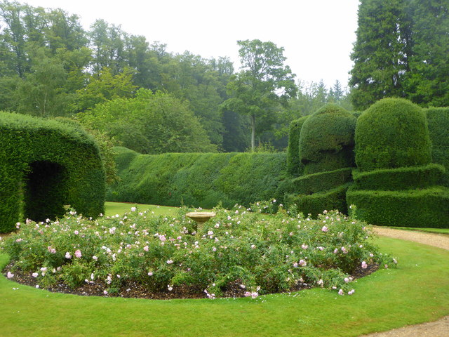 Monks Garden Highclere Castle C Pam Fray Cc By Sa 2 0