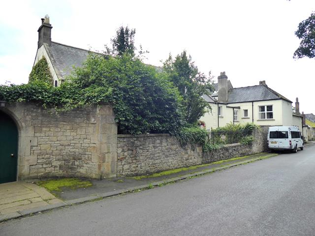 Houses at Riding Lea