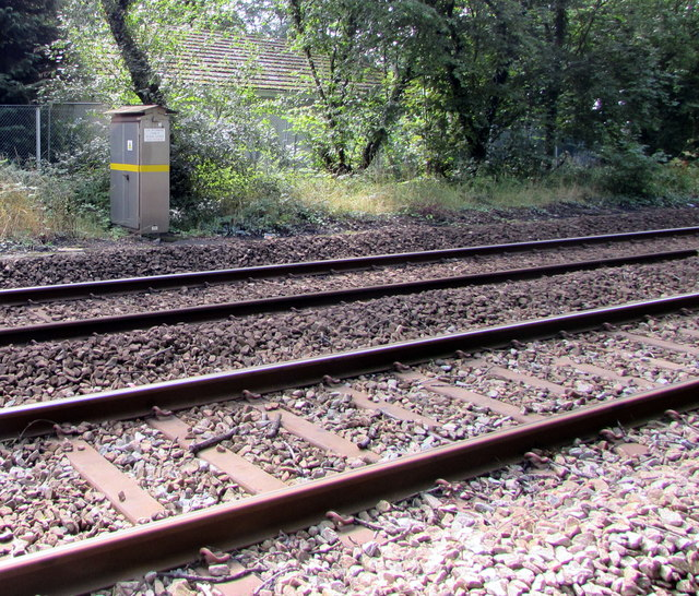 Lineside cabinet northeast of Pengam station by Jaggery