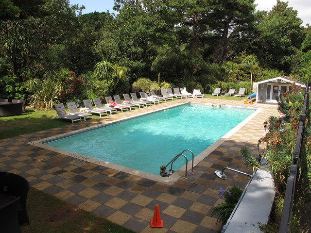 Outdoor heated swimming pool of Chine Hotel, Boscombe