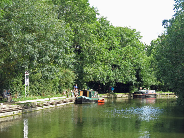 The Grand Union Canal northeast of Stocker's Lock