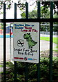 ST1495 : Young Lungs at Play - Smoke Free Zone notice, Hengoed by Jaggery