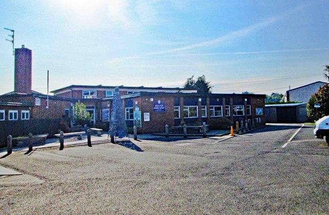 Abbey Park Middle School, Abbey Road, Pershore, Worcs