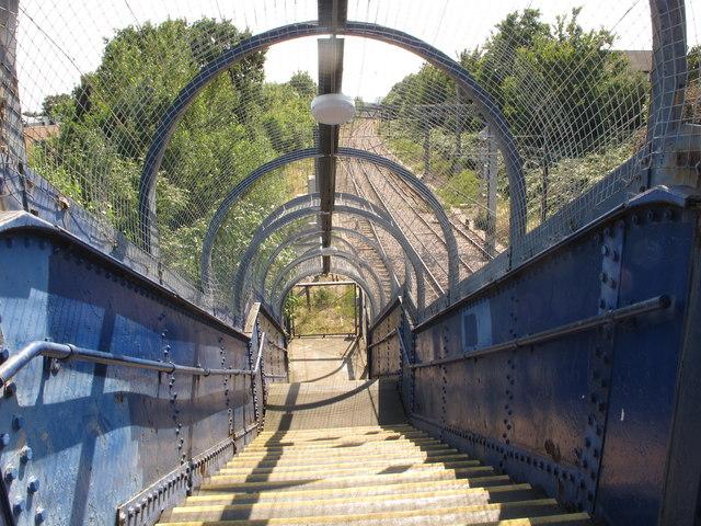 Footbridge over London Overground railway, Acton