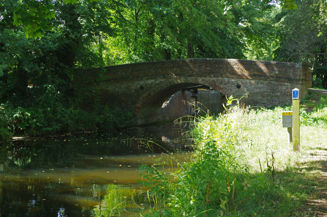 Langman's Bridge, Basingstoke Canal
