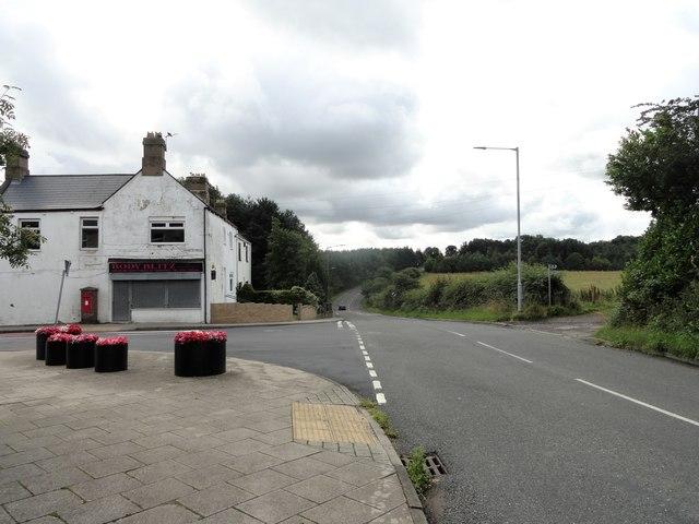 Road junction, Grange Villa