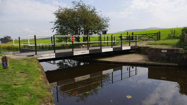 Bridge 115, Leeds & Liverpool Canal