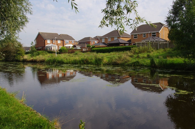 Leeds & Liverpool Canal, Clayton-le-Moors