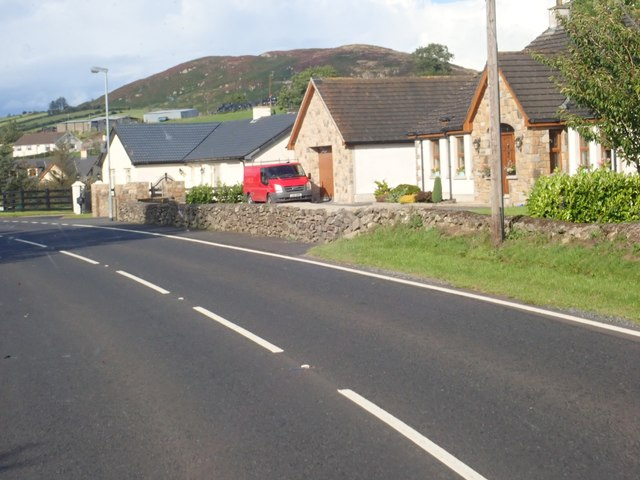 Bungalows on the East side of the B30 at Aughanduff