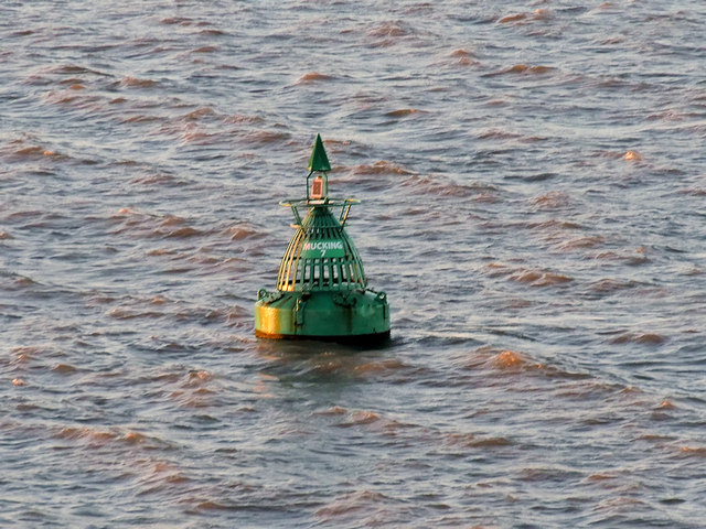 River Thames, Mucking No 7 Buoy