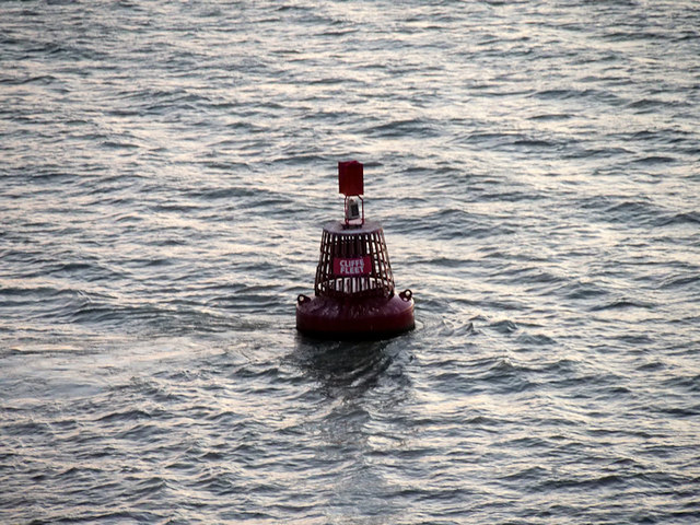 River Thames, Cliffe Fleet Buoy