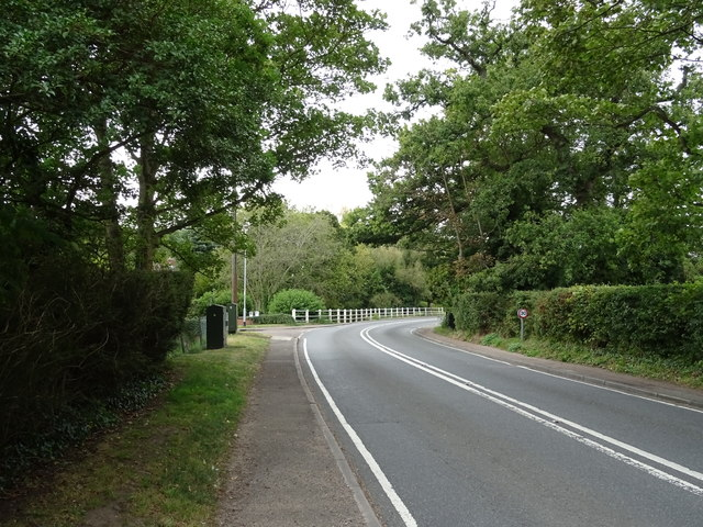 Bend on The Street (A143), Horringer by JThomas