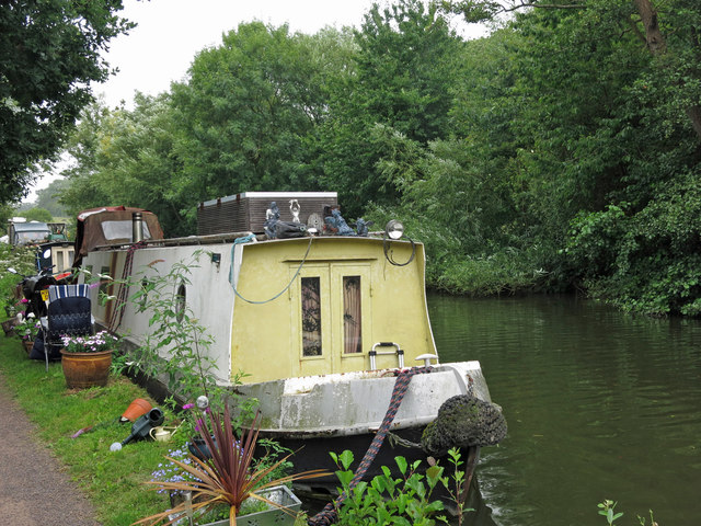 The Grand Union Canal by Stocker's Lake