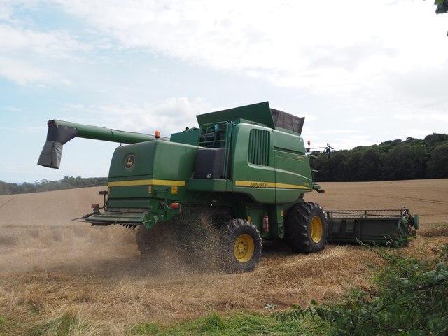 John Deere Combine cutting wheat at Birnieknowes