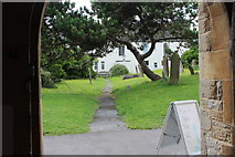 ST3049 : St Andrew's Churchyard by M J Roscoe