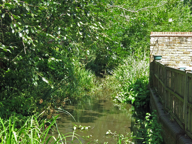 A minor branch of the River Colne by Springwell Lane
