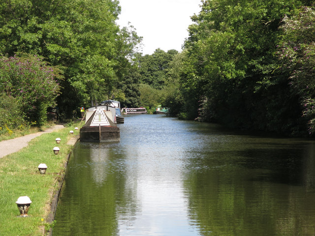 The Grand Union Canal by Springwell Chalk Pit