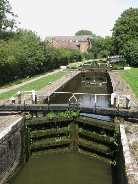 Springwell Lock on the Grand Union Canal